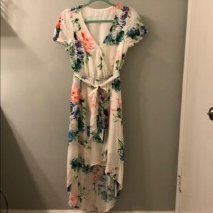 Leith white floral high low wrap dress size XS